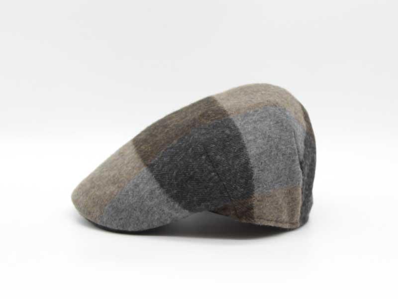 Cappello in lana classica quadrettata color fantasia grigio taglia 57 uomo